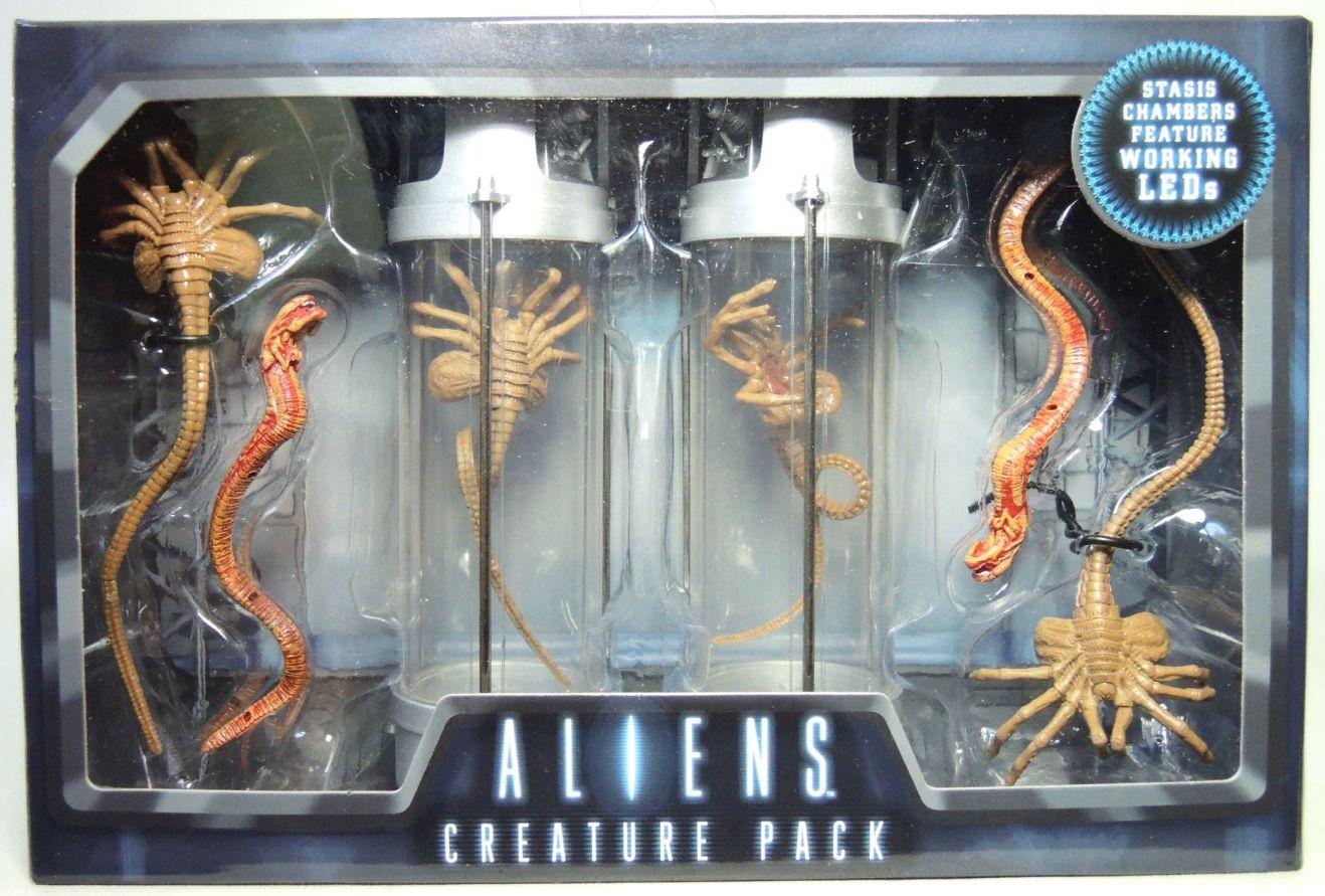 """Alien 2 Creature Pack Stasis Chanber LED Light 7/"""" PVC Action Figure"""